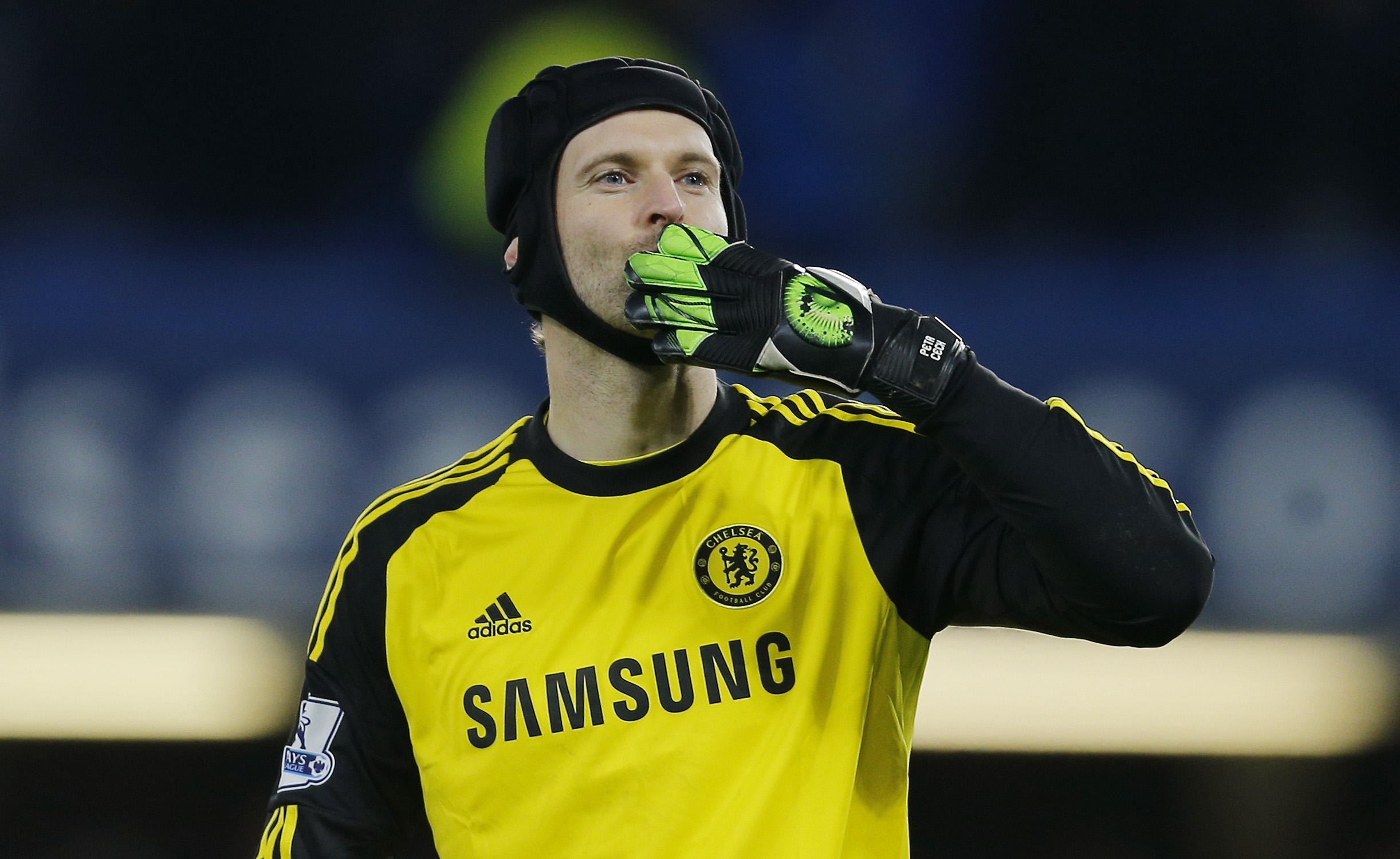 Petr Cech video accident injury