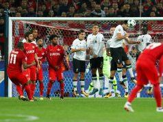 Chelsea in a three way battle for Fernando