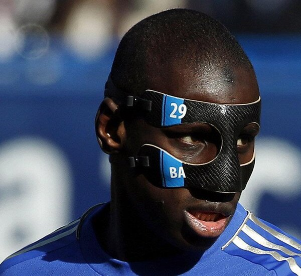 Chelsea players with mask - Demba Ba face mask