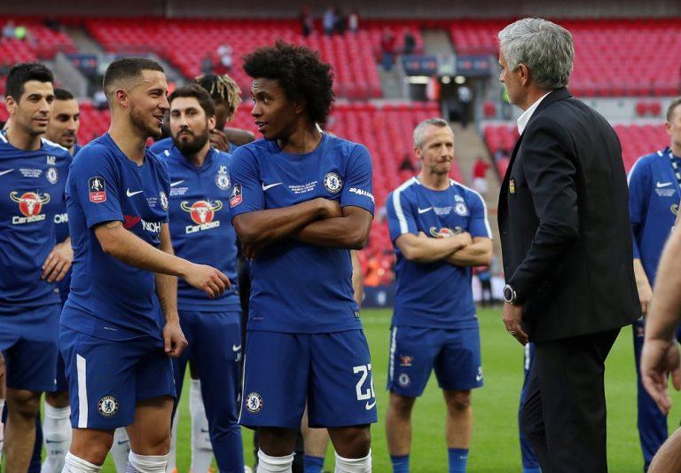 Chelsea urged to hold on to Eden Hazard