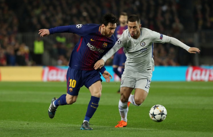 Hazard vs Messi dribbling