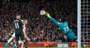 Petr Cech saves video: watch Petr Cech saving goals - best saves videos!