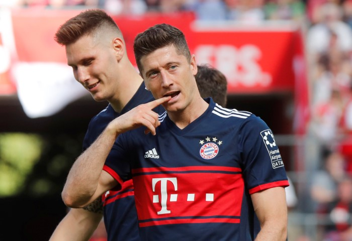 strikers Chelsea could sign this summer Robert Lewandowski