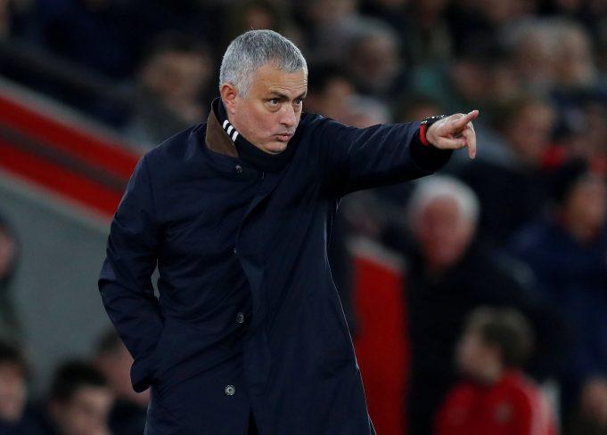 Mourinho defends himself against criticism over Salah's sale at Chelsea