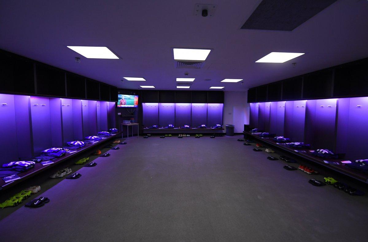 Chelsea dressing room 2019