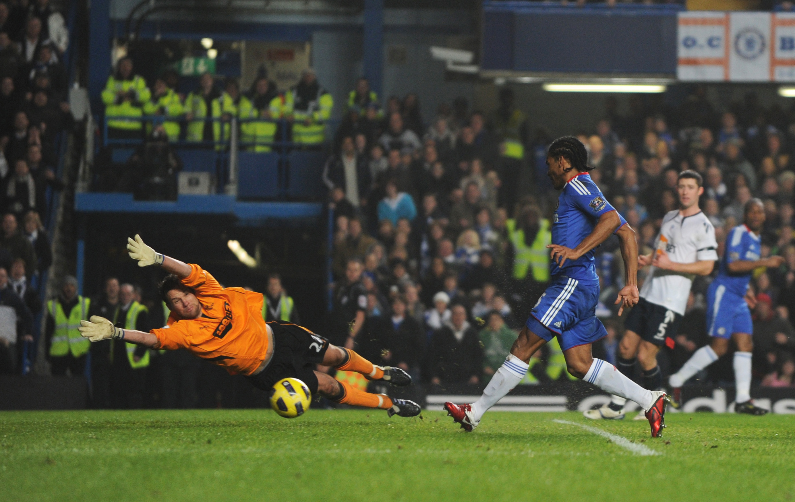 Malouda best Chelsea left midfielder
