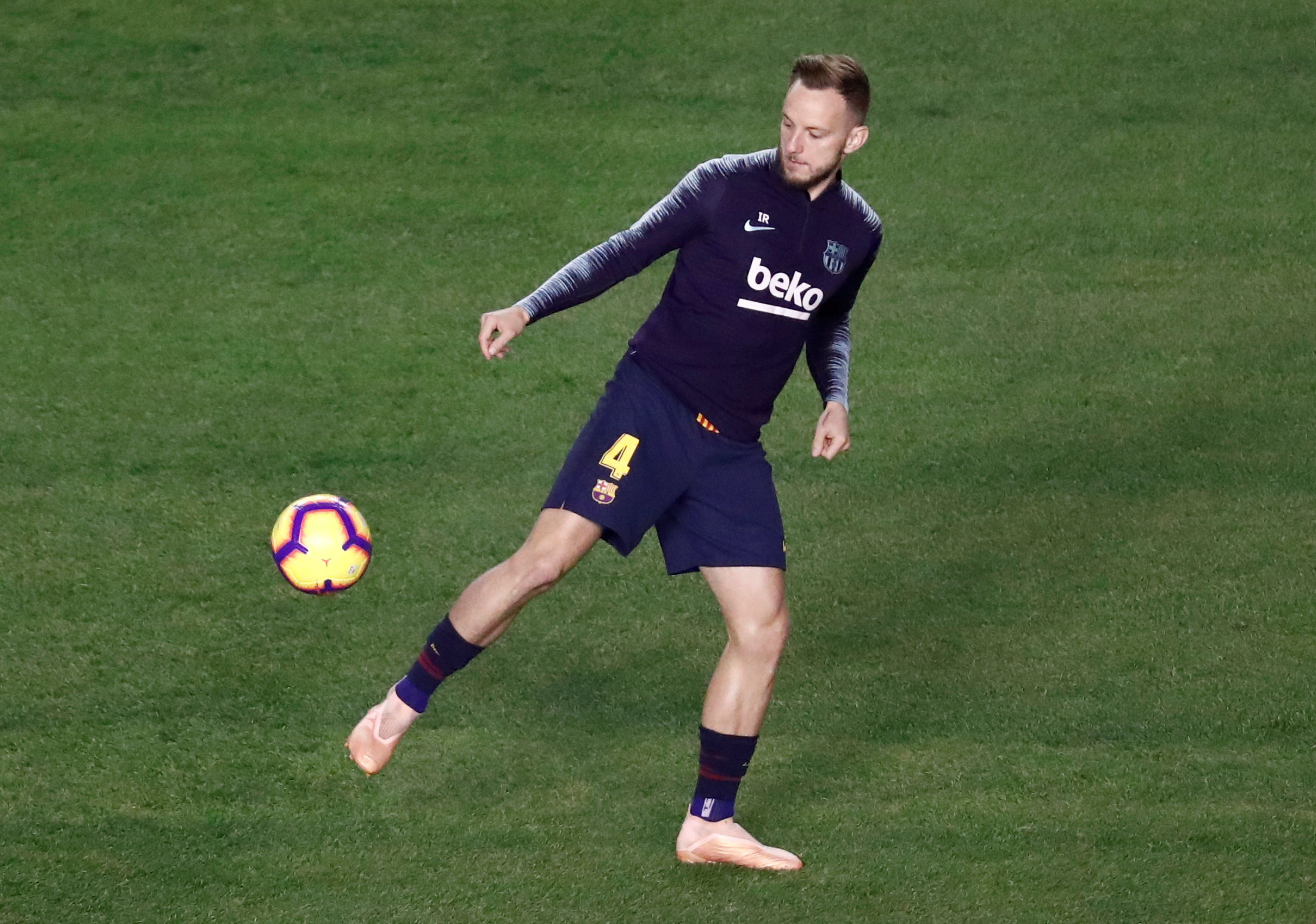 Unsettled Barcelona Star Could Head To Chelsea After de ...
