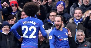 Willian praises Higuain and Chelsea