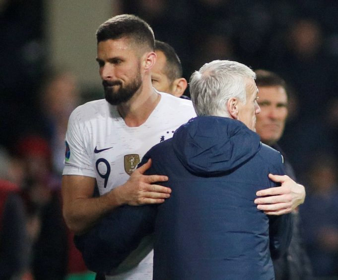 Didier Deschamps Insists Olivier Giroud Is Keen To Be Heavily Involved At Chelsea