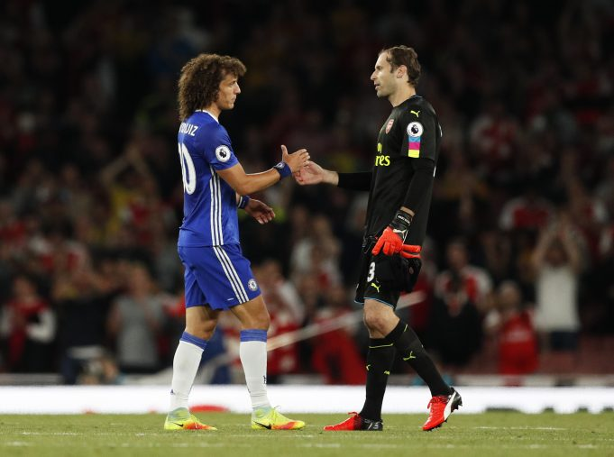 Luiz talks about Europa final and what he thinks of Cech