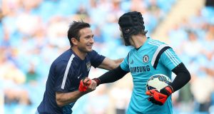 Cech updates fans on Chelsea's managerial hunt