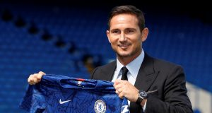 Redknapp urges Chelsea to be patient
