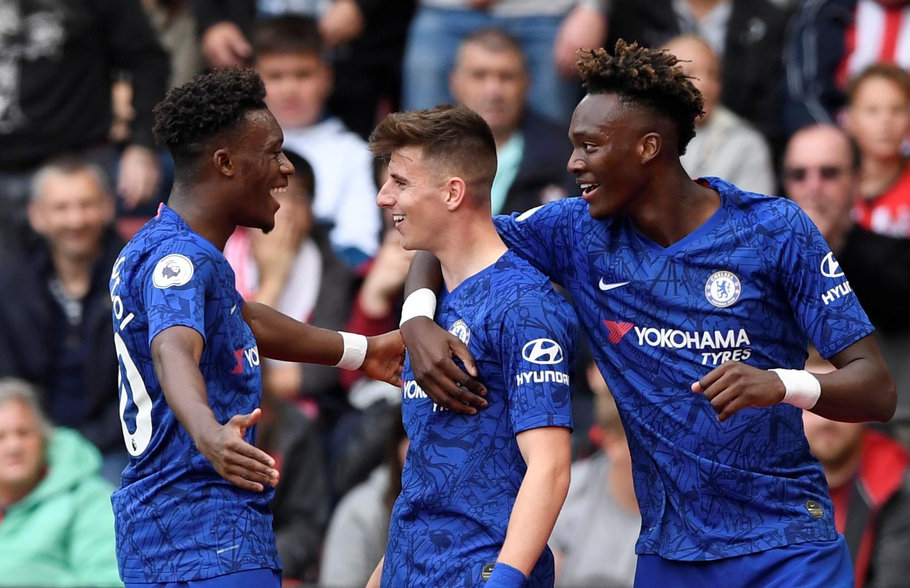 Shearer raves on Chelsea trio