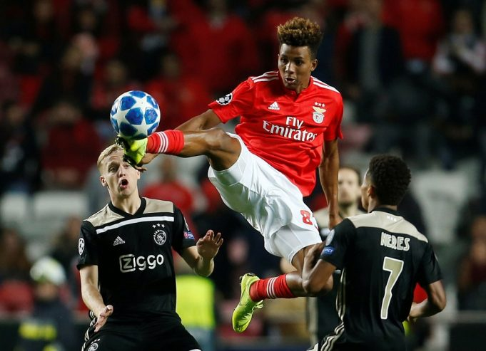 Chelsea Rival West Ham's Offer For £102m Rated Gedson Fernandes