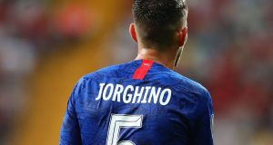 Jorginho pulls of crazy 360 - leaves two Leicester players confused!
