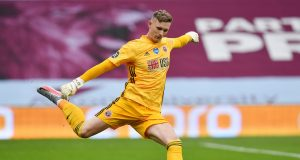Chelsea In Contract Race With Manchester United For Dean Henderson