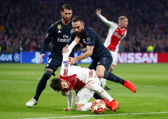 Nicolas Tagliafico On Chelsea's Radar After Ben Chilwell Price Reveal