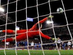 Chelsea looking to bid for Charlton goalkeeper James Beadle
