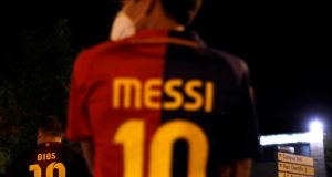 Lionel Messi reportedly sent a burofax to Barcelona last night asking the club to let him leave. The 6 time Ballon d'Or winner has spent his entire footballing career at Catalonia but things have been spiraling down between Messi and club president Bartomeu for quite some time now. With the president refusing to take responsibility and instead of seeking distractions in the form of managers and players, Messi has finally told the club he wants out. It has naturally sought the interest of a host of clubs who want the football magician to play for them. Of the clubs generating high interest, there are the likes of Inter Milan and PSG and Manchester City and much to the delight of Chelsea fans, it is us as well! Rio Ferdinand's tweet last night encouraging Lampard to go for Messi has some base behind it. Chelsea have had a stellar window and have wrapped up a few signings. They seem unstoppable at the moment with more transfers lined up and with a free agent Messi available, it will be ideal for Chelsea to bring home the Messiah of football. The idea of Messi lining up with Havertz, Ziyech, Pulisic and Werner seems perfect for Chelsea right now. See More:Chelsea transfer rumors 2020 – Latest transfer targets and signings news!