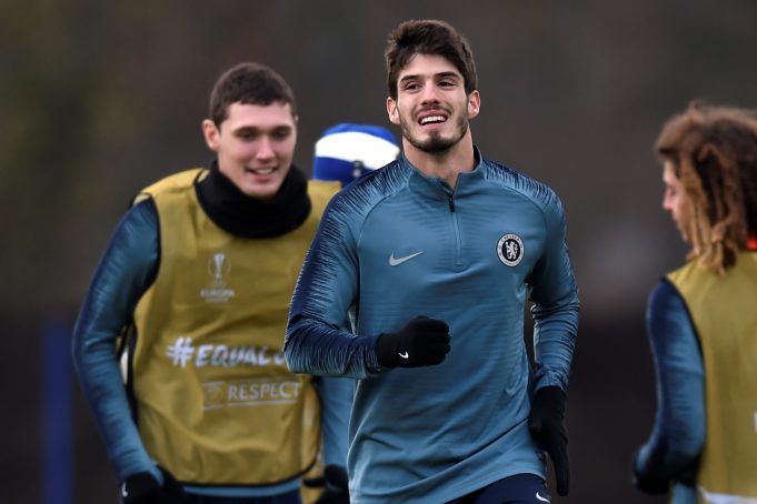 OFFICIAL: Lucas Piazon finally agrees permanent exit